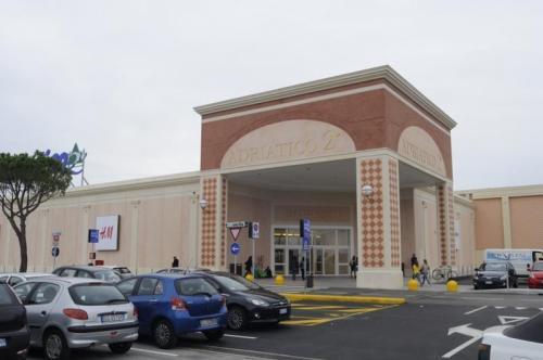 [Centro Commerciale Adriatico 2 - Centro Commerciale Adriatico 2]