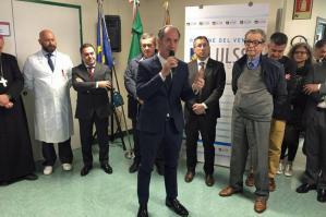 """[Inaugurata l'Oncologia di Portogruaro. Zaia: """"Quest'estate riapriremo Ostetricia""""]"""