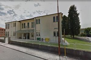 """[Centrosinistra: \""""La Giunta deve accogliere la petizione sulla riconversione dell\'ex scuola elementare di Lugugnana\""""]"""