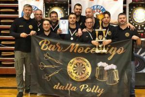 """[""""Impatto Nocivo"""" del Bar Mocenigo di Alvisopoli campioni d'Italia di freccette]"""