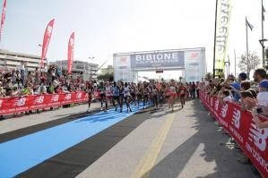 [Domenica a Bibione va in scena la Bibione Half Marathon]