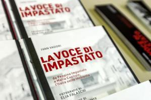 "[Ivan Vadori presenta ""La Voce di Impastato"" a Cinto ]"