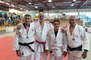 [Judo Kiai Atena, la squadra Master conquista 4 medaglie al Trofeo Old Teachers]
