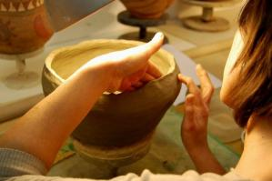 [ Un nuovo corso di ceramica per adulti al Cortino di Fratta]