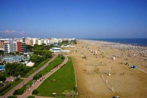"""[""""Fase 2"""" per il turismo balneare: delusione dei sindaci dei Comuni del G20s]"""