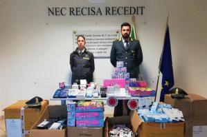 [Merci contraffatte: oltre 6mila prodotti sequestrati tra Portogruaro e Padova]