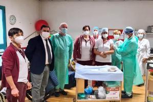 [Ulss4: vaccinazioni Covid-19 a pieno regime in ospedale e nelle case di riposo]