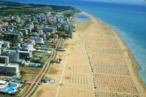 [Dalle vacanze in appartamento 400 mln di euro di spesa dei turisti nelle spiagge dell'Alto Adriatico]
